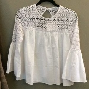 NWT Endless Rose size small top, crisp & White